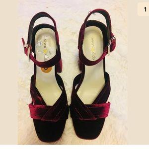 NEW Seven Dial red velvet block heel sandals Sz 8